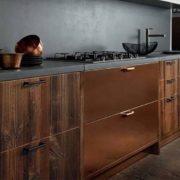 Кухонные фасады из меди